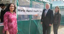 News: 3) Colonel Bob Stewart MP visits the Bromley World Mental Health Day stall