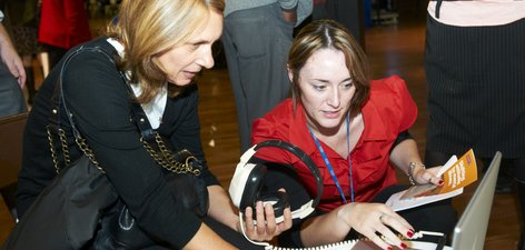 AMM 2010 - The forensic service demonstrate the Hearing Voices simulator.